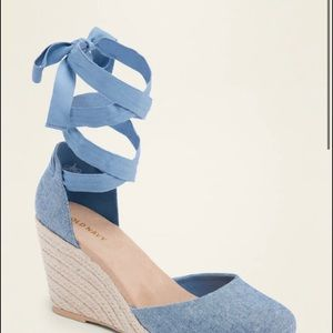 Lave-up espadrille wedge shoes
